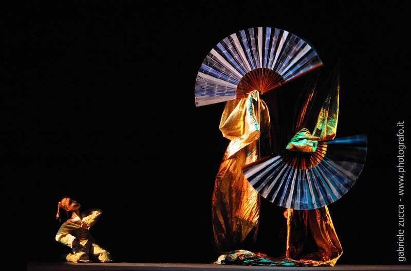 """Fly Butterfly"" -- Teatro Verdi"