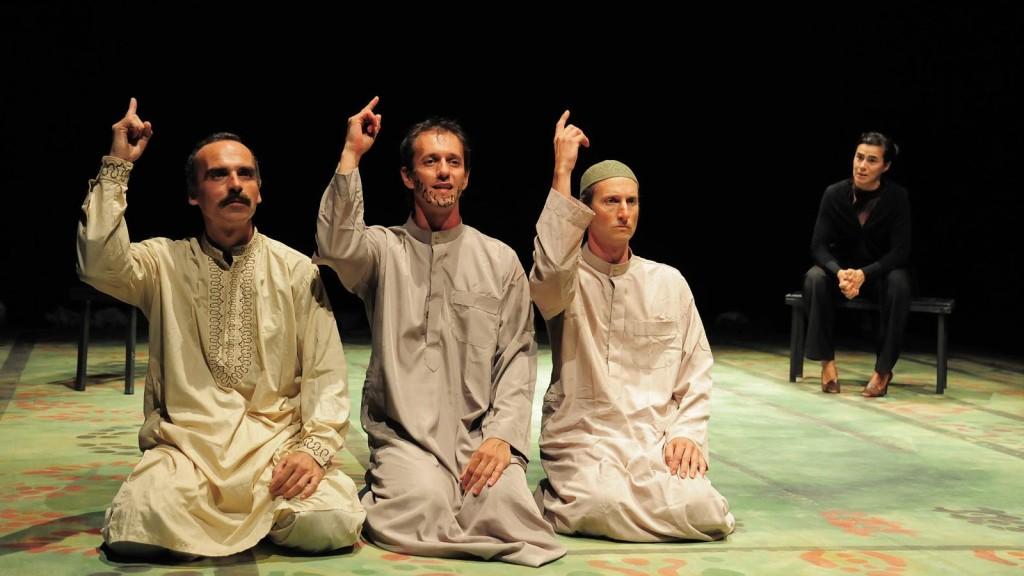 """""""Prima della bomba"""" -- Campo Teatrale"""