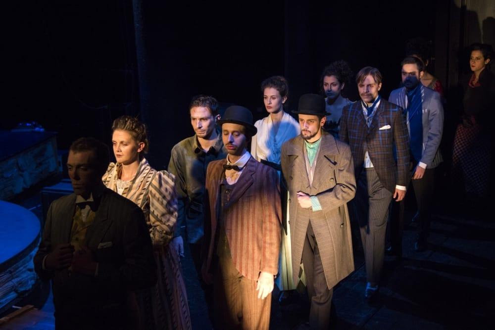 """""""Tamburi nella notte"""", Teatro Filodrammatici"""